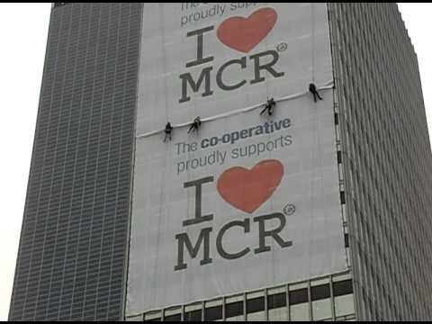 Human Flies Love Manchester!
