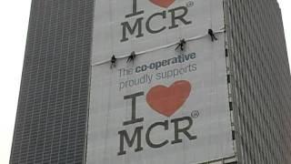 Human Flies Love Manchester!
