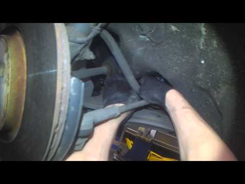 VW A4: Front sway bar bushings (with good lighting)