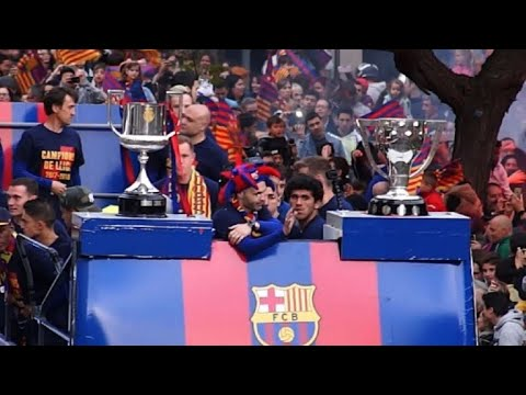 Barcelona celebrate their 25th La Liga title with fans