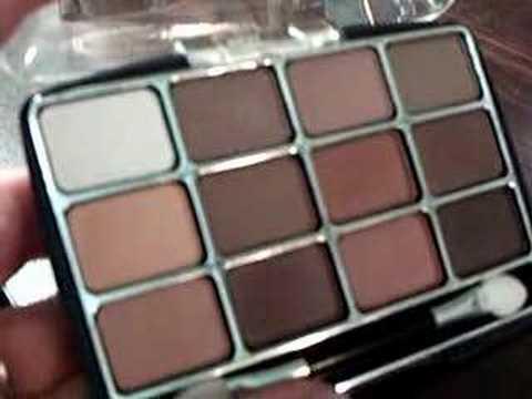Bargain Alert! L.A. Colors 12-Color Palette - YouTube