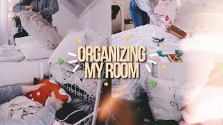 ORGANIZE MY ROOM WITH ME!   organization tips 2018