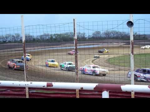 101 1315 2015-05-09 Devils Lake Speedway Street stock feature
