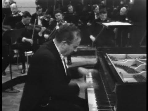 Claudio Arrau - Schumann: Piano Concerto Op.54 - London Philharmonic Orchestra,  George Hurst (1963)