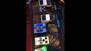 Xotic compressor, fulltone ocd, nocturne atomic brain demo.