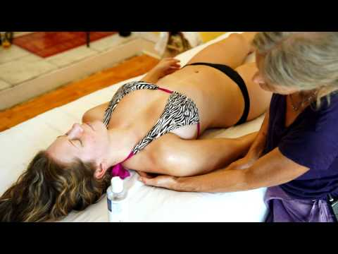 Fit Upper Body Massage Therapy, How To Massage Muscular Pecs, Arms & Shoulders, Athena & Dena
