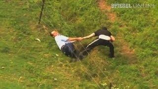 Verfolgungsjagd: Der Dieb, die Waffe und der Zaun