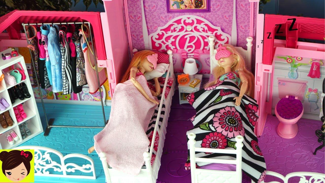 a74dcca183 Dormitorio de Elsa y Anna Rutina de la Mañana - Decoramos La Casa de Barbie  y Accesorios