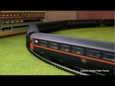 Hornby R2703 Class 43 GNER New Spec HST Train Pack Review (OO Gauge) Remake HD