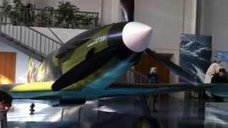 alexnab:Экскурсия в музей авиации (часть 1)(http://alexnab.livejournal.com/137712.html - все пять частей в моем блоге.. Это видеоэкскурсия по Центральному Музею Военно-Воз..., 2011-03-18T14:15:53.000Z)