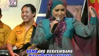 Evie Tamala - Cinta Rahasia (Official Music Video)