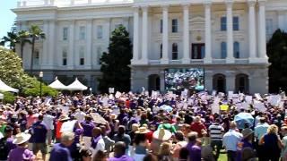 Акция протеста левых в Сакраменто (Калифорния, США)