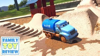 Disney Cars 3 Toys MR DRIPPY Crazy 8 Crashers THUNDER HOLLOW Family FUN PLAYTIME on the PLAYGROUND