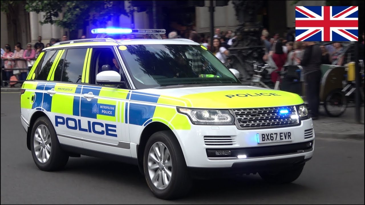 New Range Rover Police Car And Motorcycles Escort Vips In Unmarked Cars