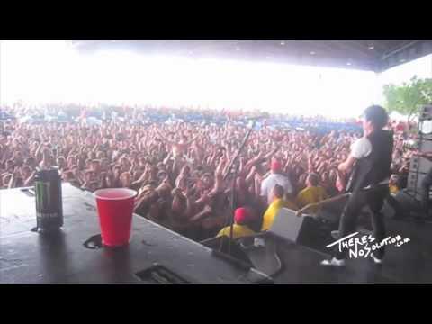 Sum 41 - Fat Lip (St. Louis - Warped Tour 2010)