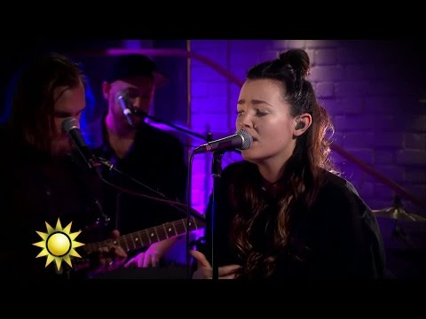 Miriam Bryant - Black car (Live) - Nyhetsmorgon (TV4)