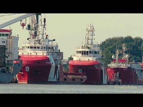 offshore supply vessels VOS PRIME ZDPD7, VOS STAR PDCT & MARKAB HO2743 in Emden