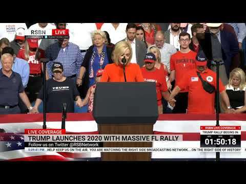 🔴 WATCH: Pastor Paula White Delivers Opening Prayer at President Trump\'s Reelection Rally
