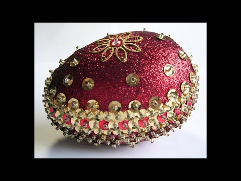 Making a Classic Red and Gold Sequin and Glitter Easter Egg