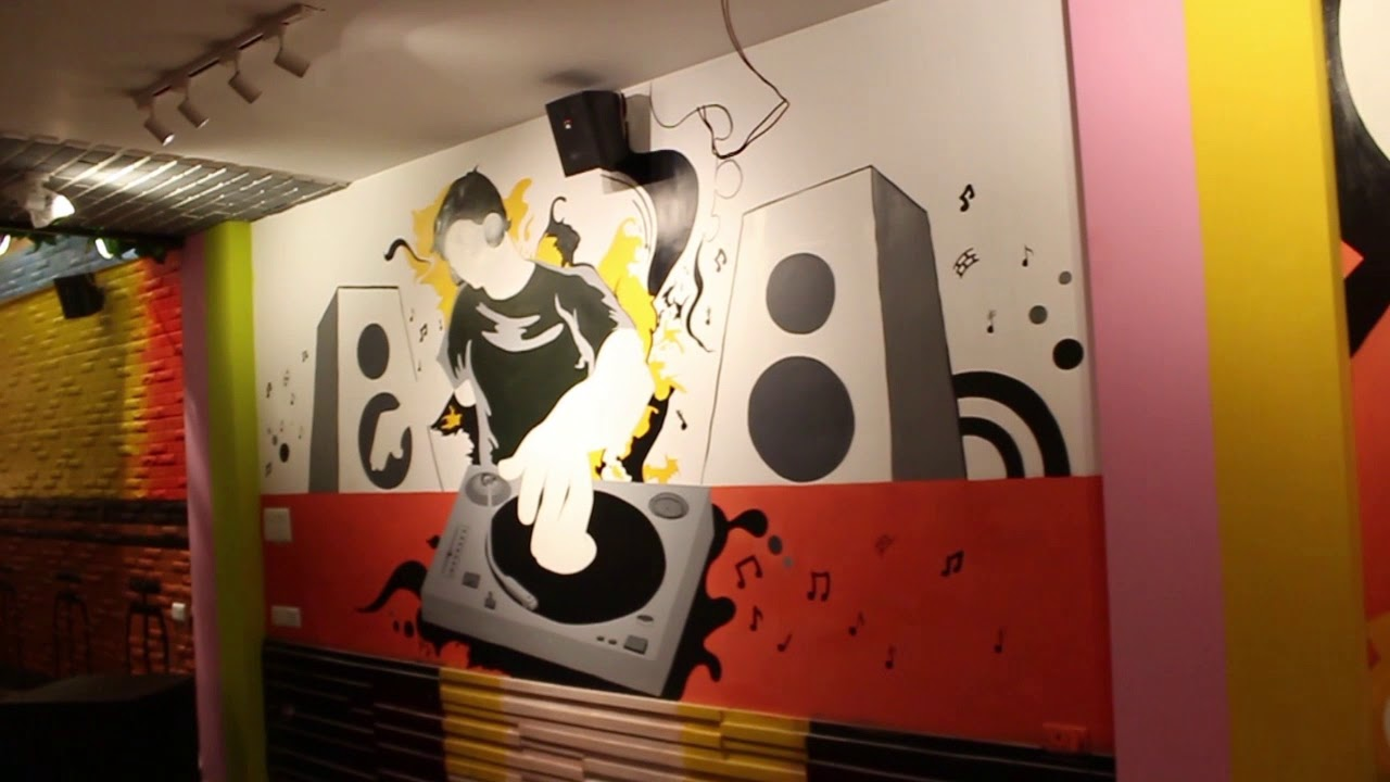 Graffiti Art Designing Done By Shoolin Creations And Design In Sign In Cafe Aliganj Lko