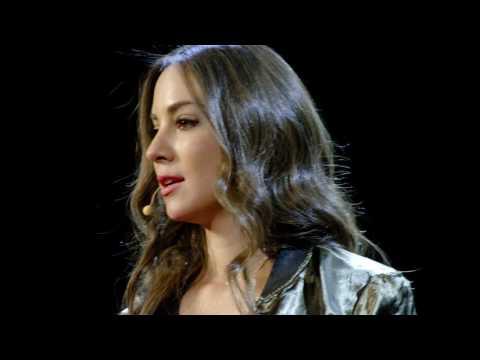 What makes you special? | Mariana Atencio | TEDxUniversityofNevada
