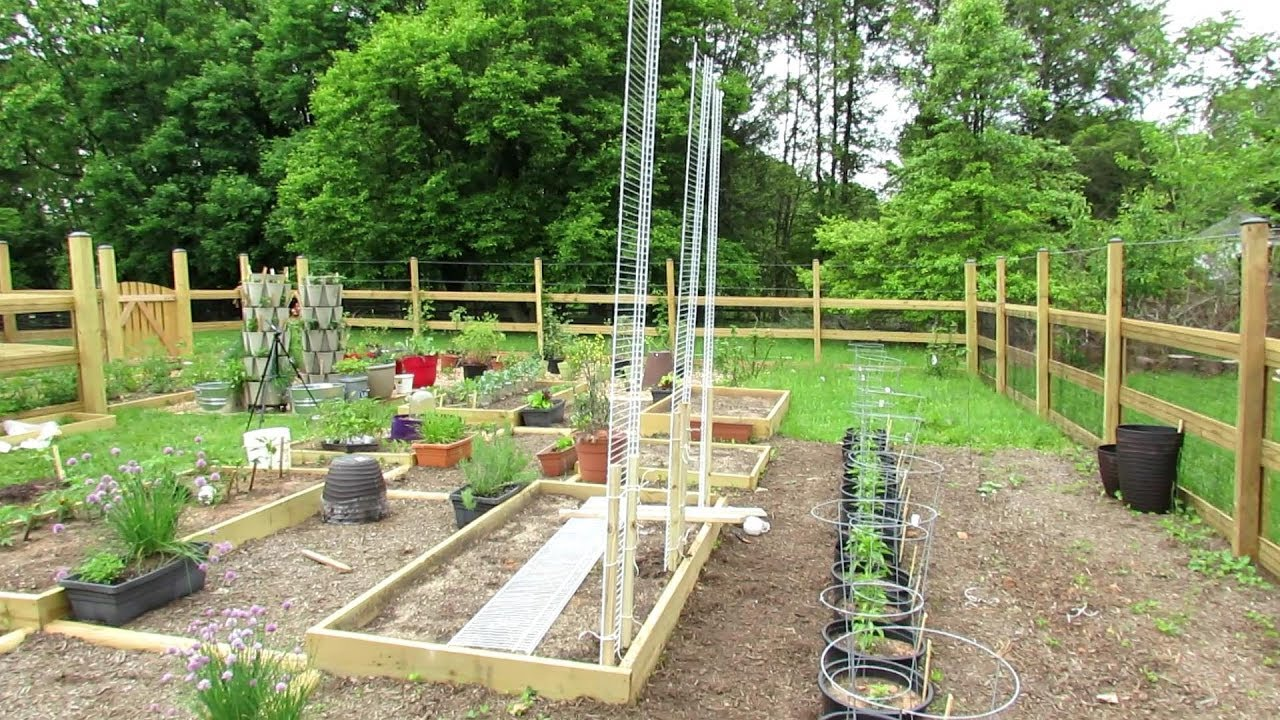 How To Build An 8 Foot Garden Trellis For 15 Grow Your Melons