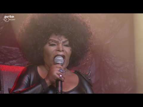 Elza Soares - Live @ NOS Primavera Sound 2017 - Porto, Portugal (Full Show)