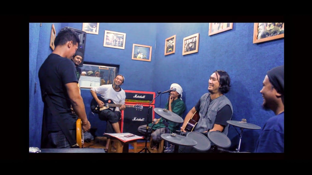 Jamming session Yuki Pas Band, Reza x Noah dkk at LVstudio