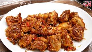CƠM GÀ SẢ ỚT - Cách làm Gà chiên giòn Sả Ớt, Salat Cà chua nhanh gọn thơm ngon by Vanh Khuyen