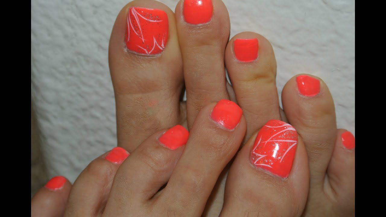 Cute Simple Toe Nails In Less Than 5mins Youtube