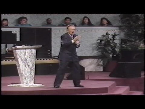 Camp Meeting 1995 ~ Sunday AM Part 1 ~ Dr  Oral Roberts