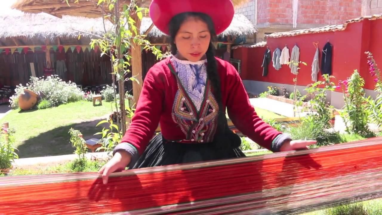 Mujer Cusqueña es viral en redes sociales por su forma de vender