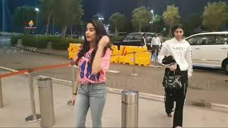 jhanvi kapoor  Spotted At Airport.