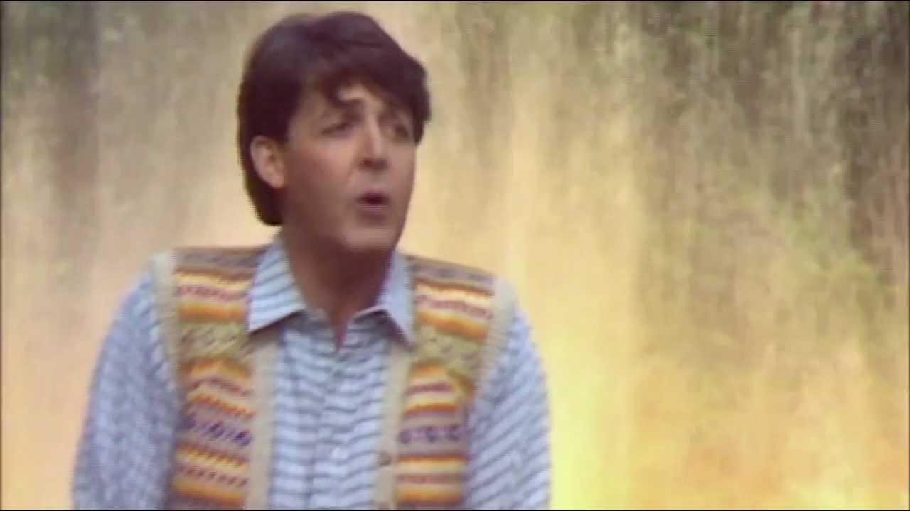 "The Beatles Polska: Premiera odnowionej wersji klipu ""Waterfalls"""