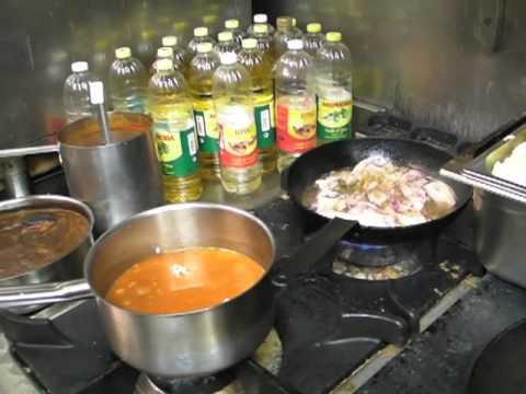Beautiful la table des oliviers attire le soleil et les saveurs du sud neuilly with table des - Table des oliviers neuilly ...