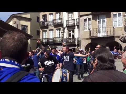 La afición del Real Oviedo calienta motores en Lugo
