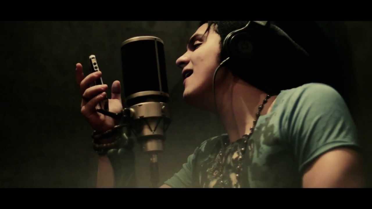 Luan Santana feat. John Kip - 93 Million Miles Clipe HD
