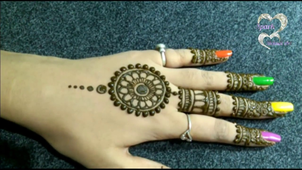 best simple mehndi design back hand
