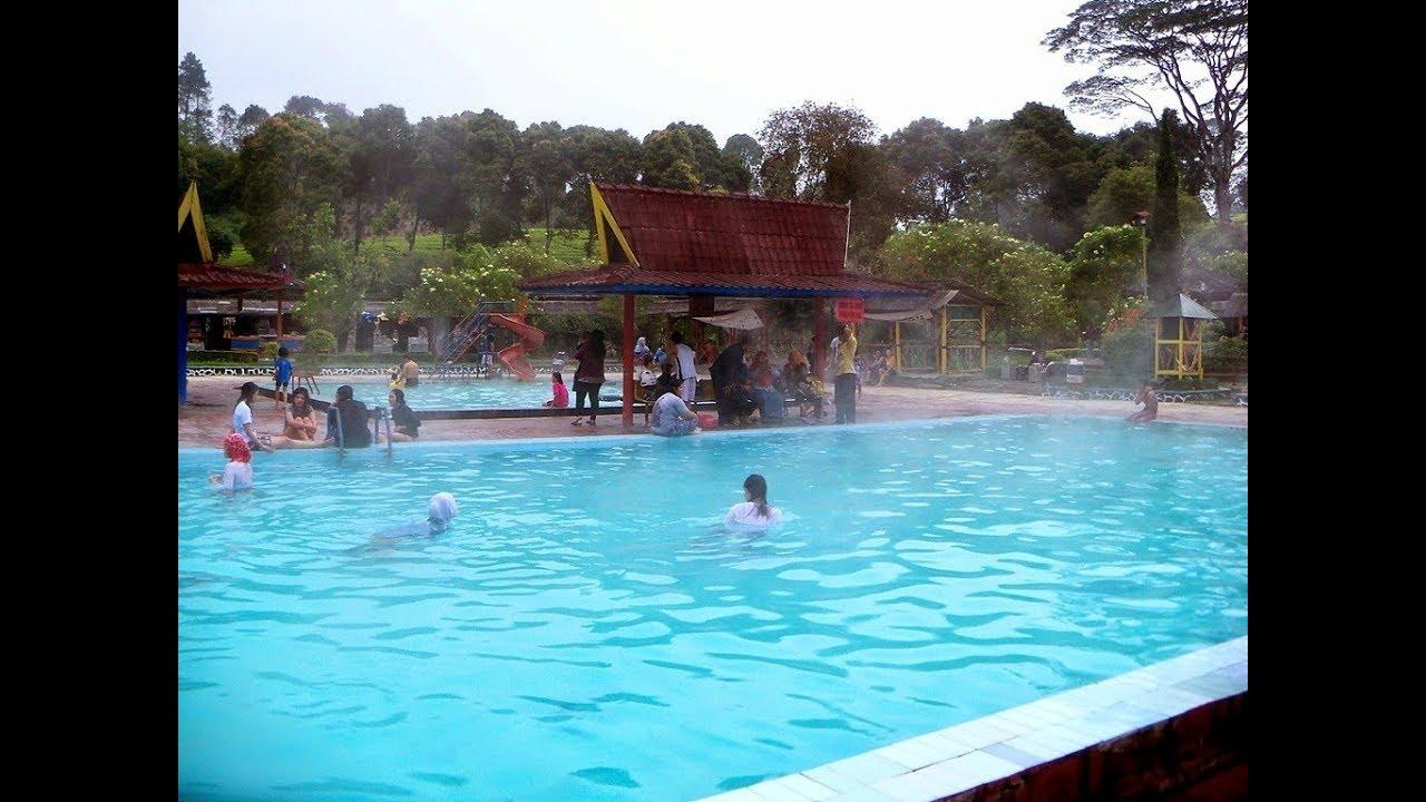 Kehangatan dan Kesejukan Kolam Air Panas CIWALINI Bandung