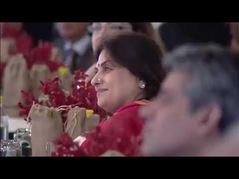 MODi Showing MIRROR ! ! ! to INDIA's Anti-Modi MEDIA in HinduStan Times Summit 2017