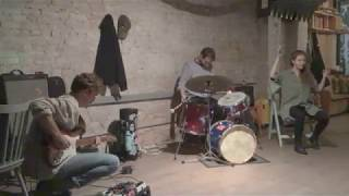 Trio Devin Gray / Luisa Muhr / Owen Stewart-Robertson at Brackish (excerpts)