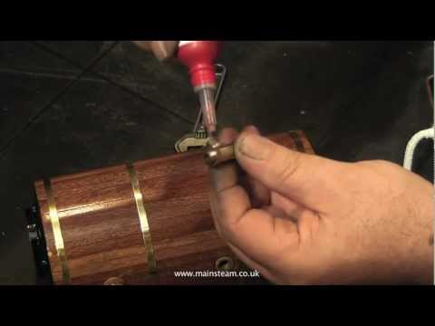 FITTING BOILER STEAM FITTINGS WITH COPPER SHIM WASHERS
