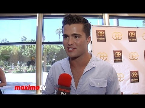 Spencer Boldman   The Celebrity Experience  Zendaya Kiss