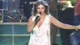 Selena Vive - Amor Prohibido (Thalia) - Selena Live