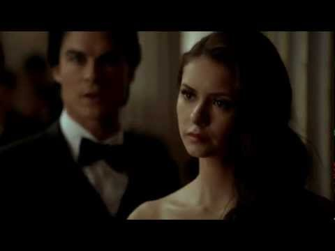 Download #TVD 314 - Elena's entrance to the ball