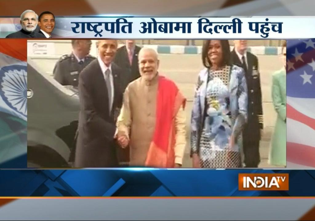 Download Obama's Visit: US President's Air Force One Landed at Airport - India TV
