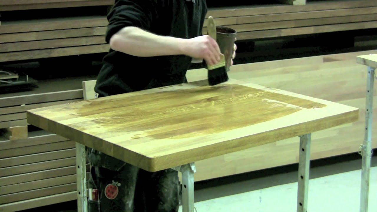 Kök Culimar : Culimar visar hur man linoljar sina massiva träbänkskivor