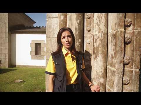 Teresa, cartera de Portomarín, promociona el Camino en un vídeo de Correos