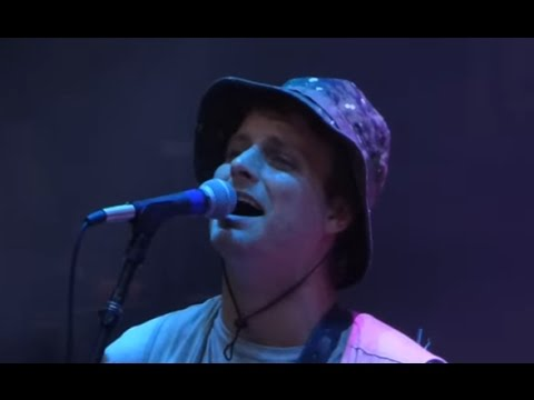 Mac DeMarco - The Stars Keep On Calling My Name (Live at Red Rocks, 8/31/2016)