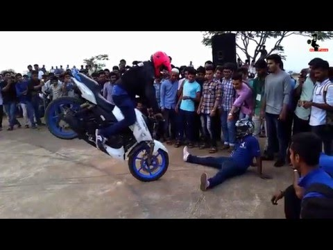 TVS Apache RTR 180 Pro bike Stunts HPz